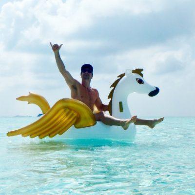 Tom Maldives SUP / Surf Guide